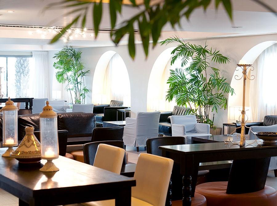 spa-club-lobby