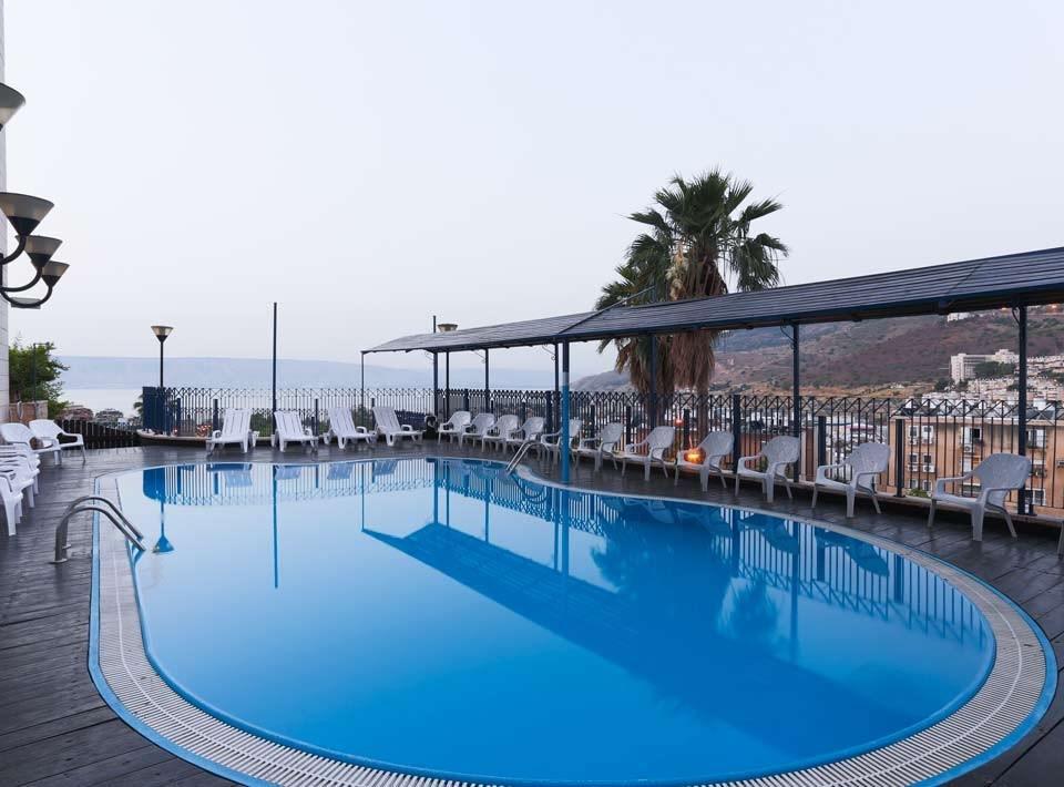 Swimming pool in Prima Galil Hotel