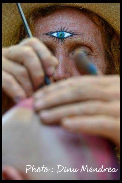 body-painting-during-the-love-parade-cdinu-mendrea