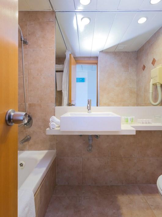Prima City Bathroom