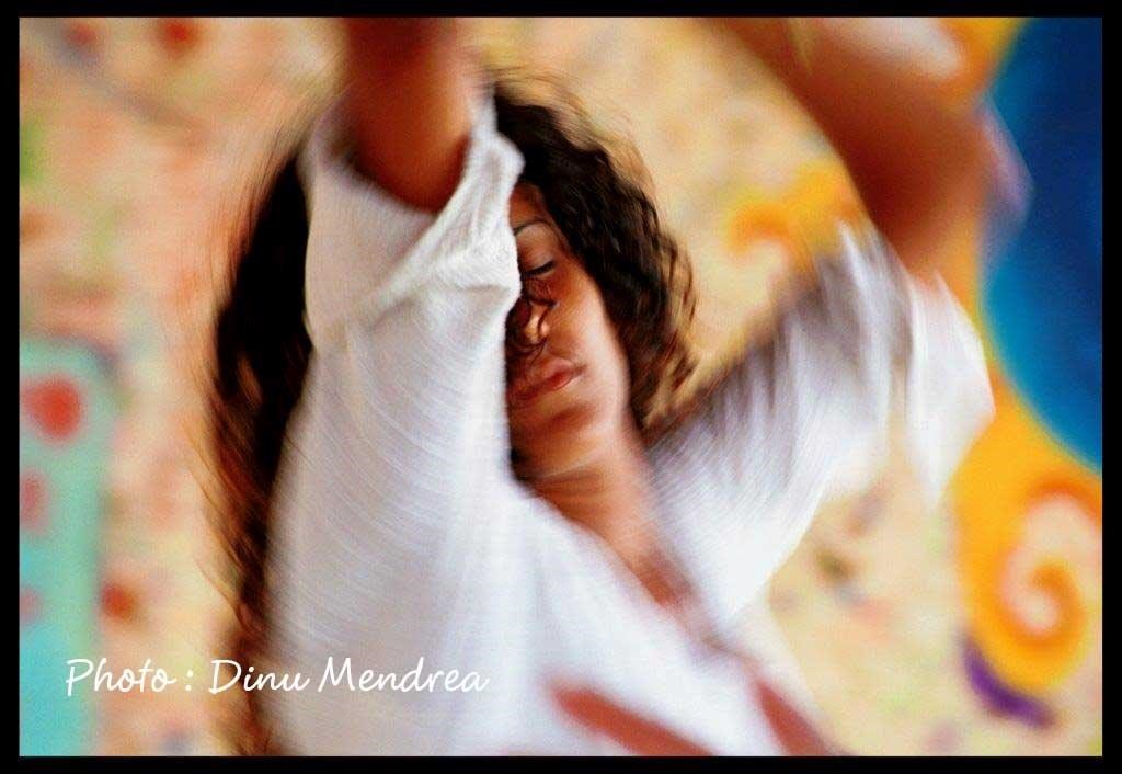 dancing-on-the-beach-cdinu-mendrea-1-