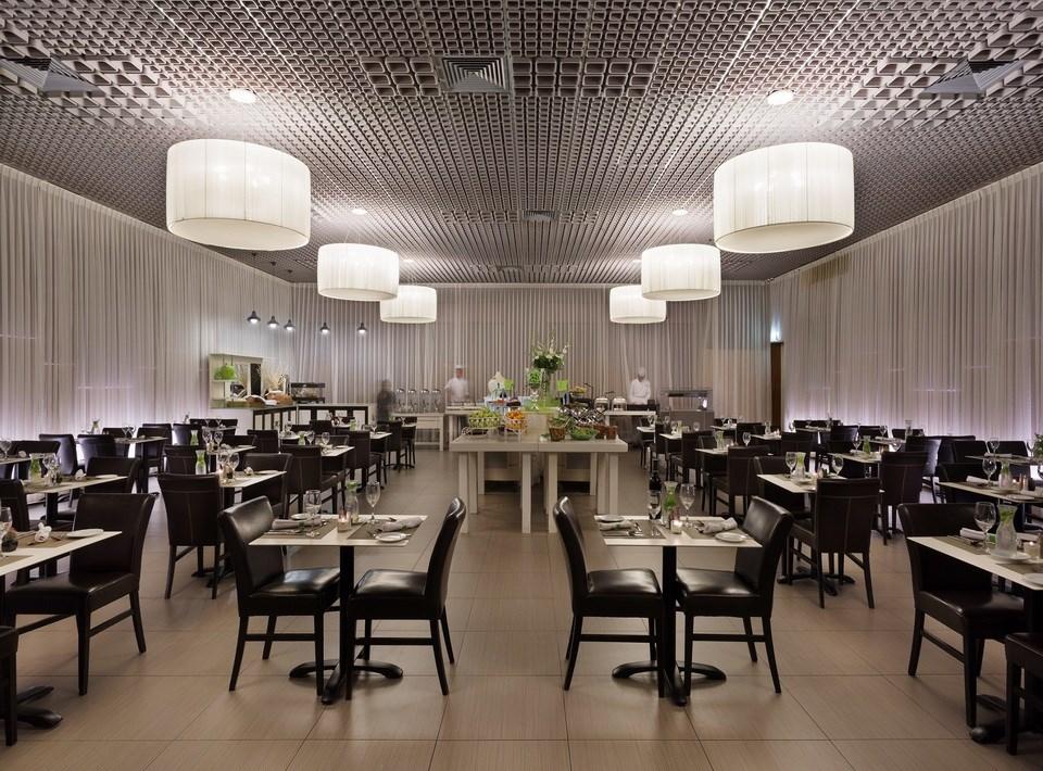 Spa Club - Dining Room