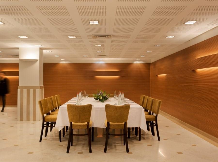 Prima Kings - meeting room