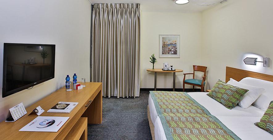 Prima Park-Standard Room